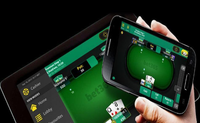 pokerphone4 1 - Manfaat Taruhan Poker Online